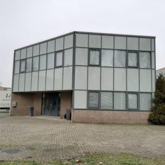 NIEUW VENNEP 465 m2 kantoor