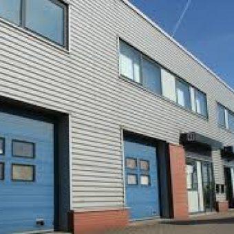 NIEUW VENNEP 70 m2 bedrijfsruimte en 70 m2 kantoorruimte
