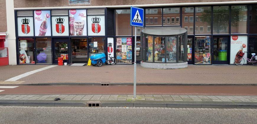 AMSTERDAM WATERLOOPLEIN AVONDWINKEL